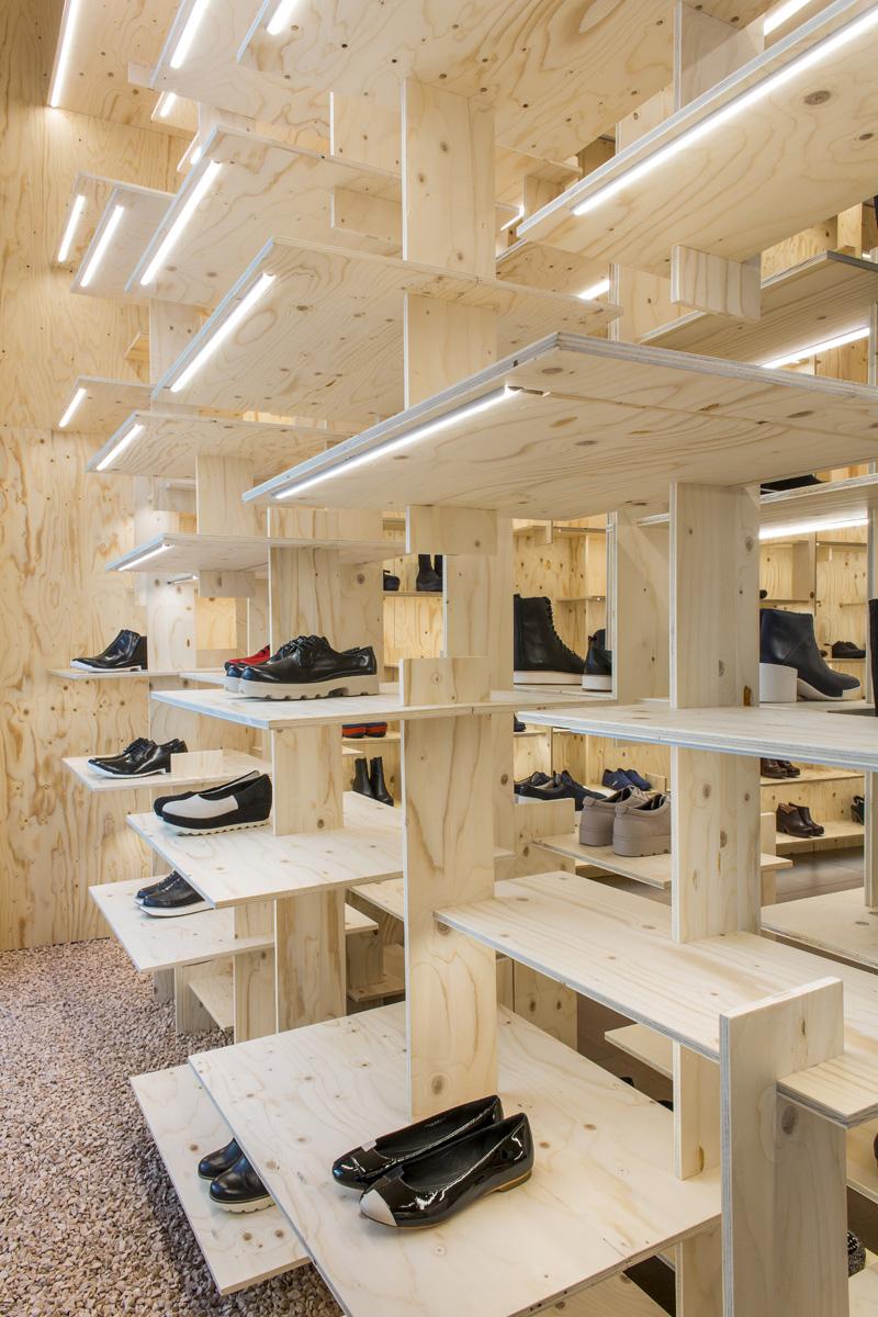 Camper Monte Napoleone Architecture Kengo Kuma And
